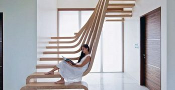 How to choose and buy a new and modern staircase