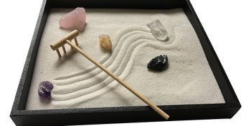 The 8 Best Mini Zen Gardens You Can Get on Amazon